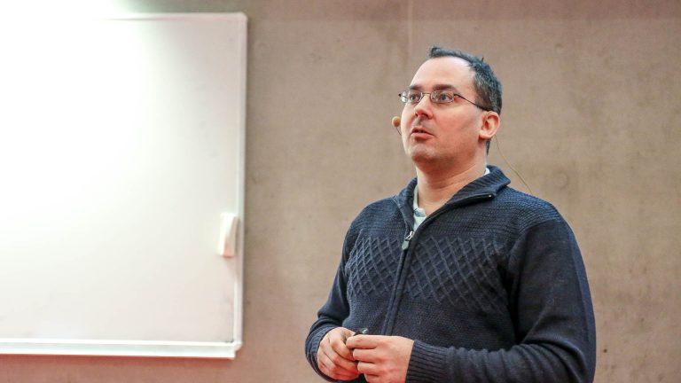 Aleš Padrta speaking in the Czech Radio